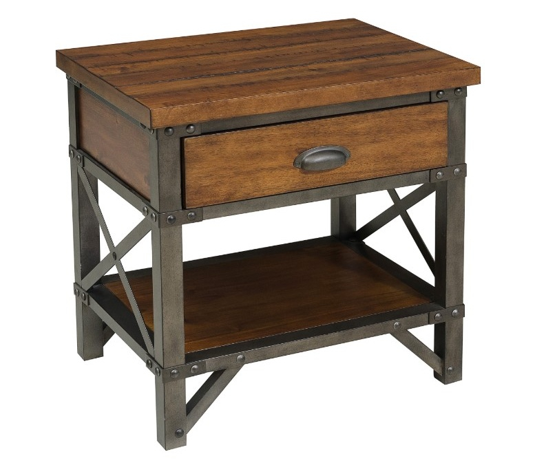 Noční stolek HOLVERSON
