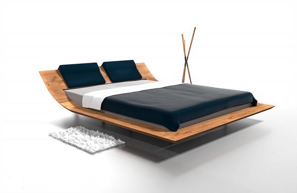 Dřevěná postel Leboron